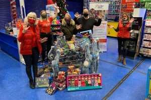 brunsdon-financial-donates-christmas-party-funds-to-gloucestershire-charity